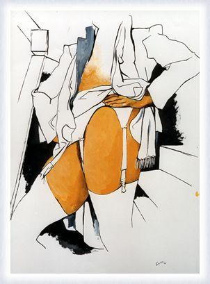 Donna in piedi con giarrettiera e con calze bianche